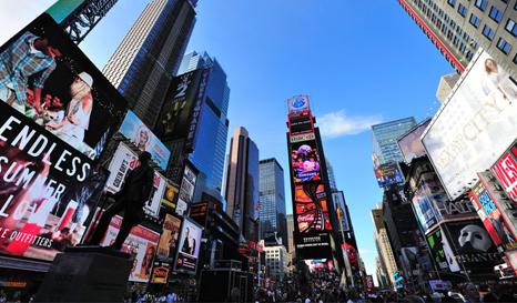 中国土豪广告为何热衷登陆纽约时代广场