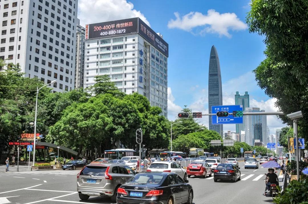 扬名深圳天际线,备受央媒宠爱的中核屏